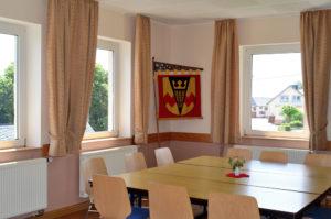 Der kleine Gemeindesaal - oft genutzt als Sitzungssal für den Gemeinderat.