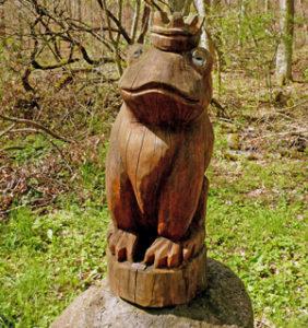 Froschkönig am Määrchen-Naturwaldpfad