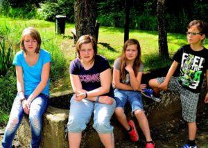 Kinder am Stolzbachweiher