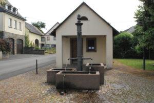 Brunnen Dorfplatz