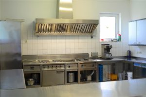 Küche im Gemeindesaal