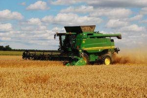 Landwirtschaft und Mähdrescher